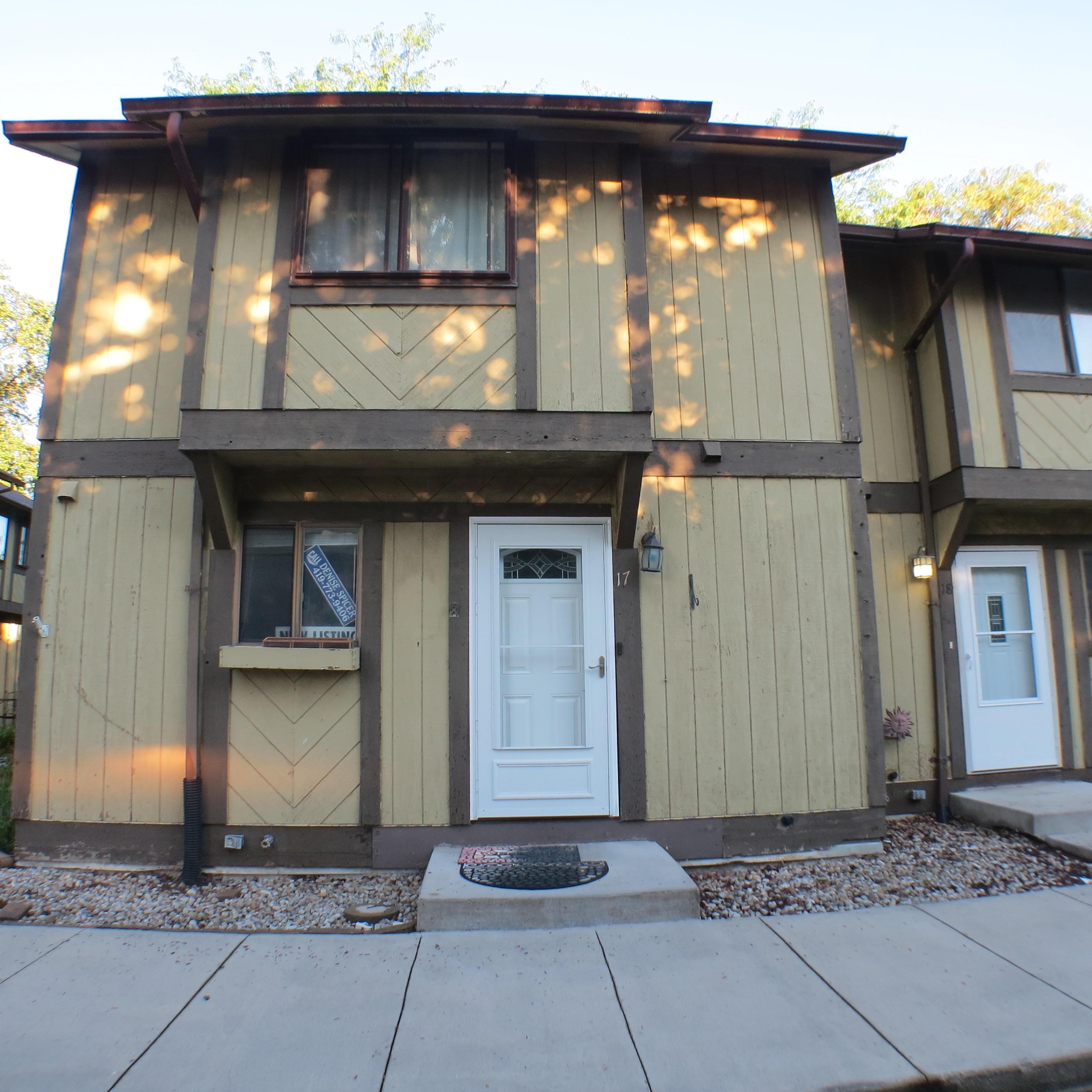 17 Greentree Circle Property Photo