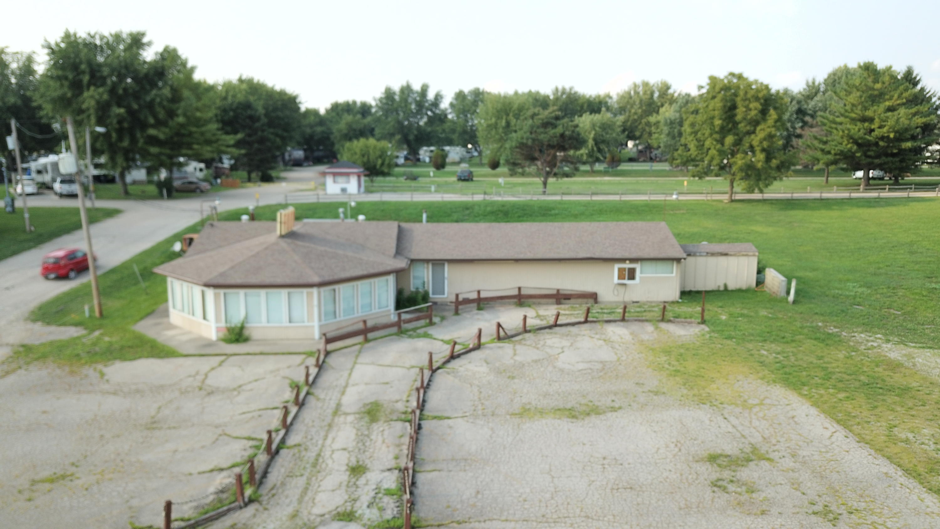 6780 E National Road Property Photo - South Charleston, OH real estate listing