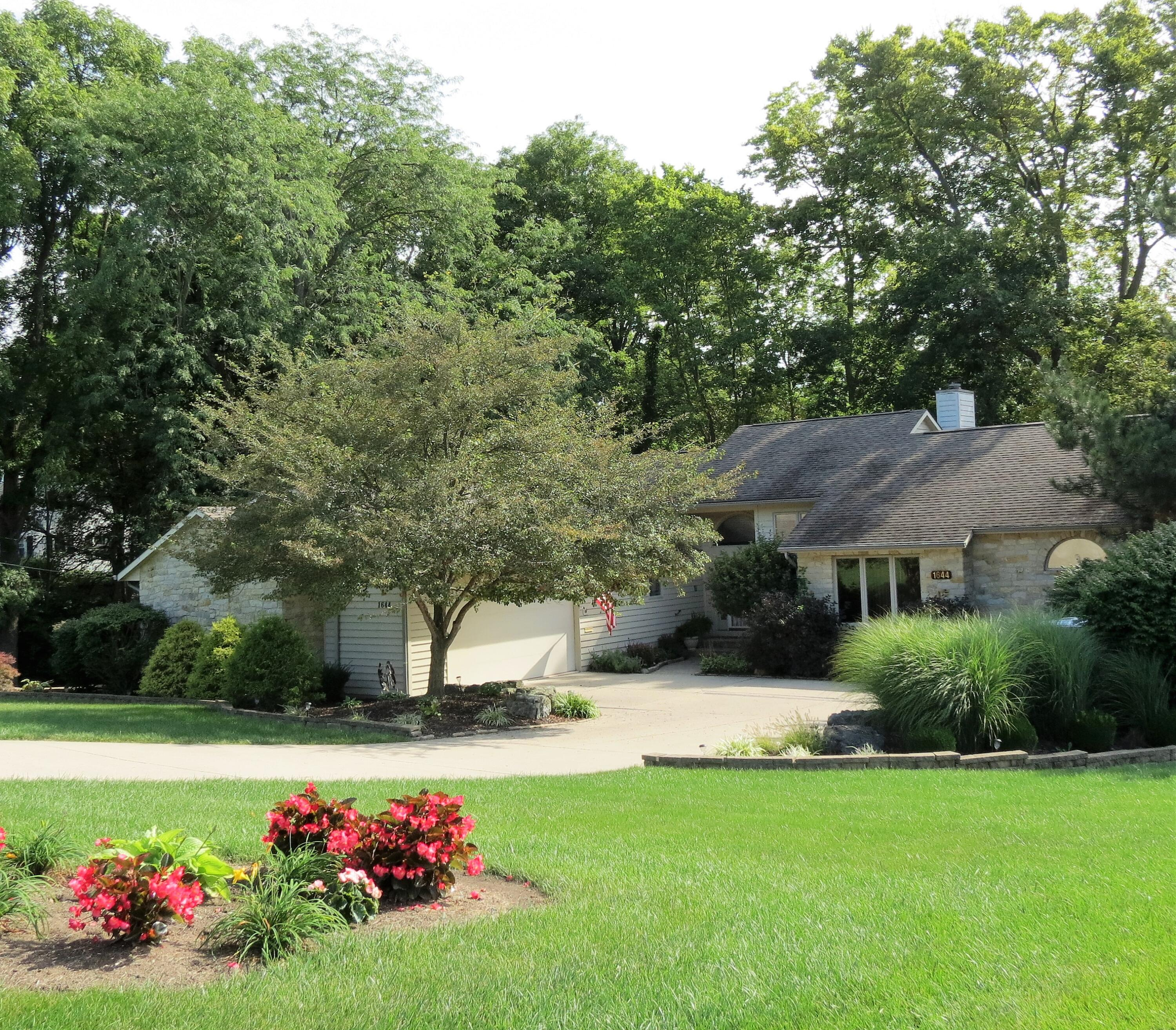 Bon Air Add Ext 1 Real Estate Listings Main Image