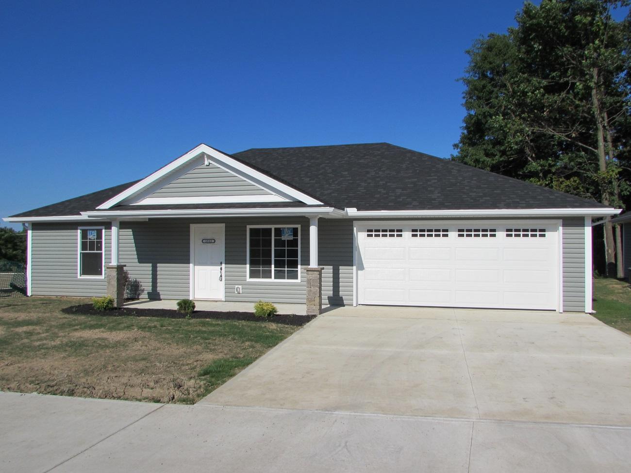 205 Falcon Ave. Property Photo 1