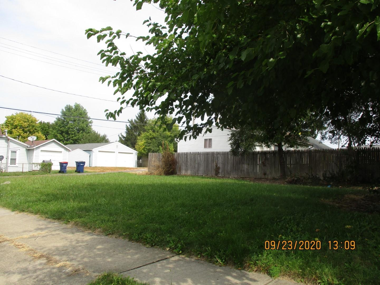 715 Walker Street Property Photo