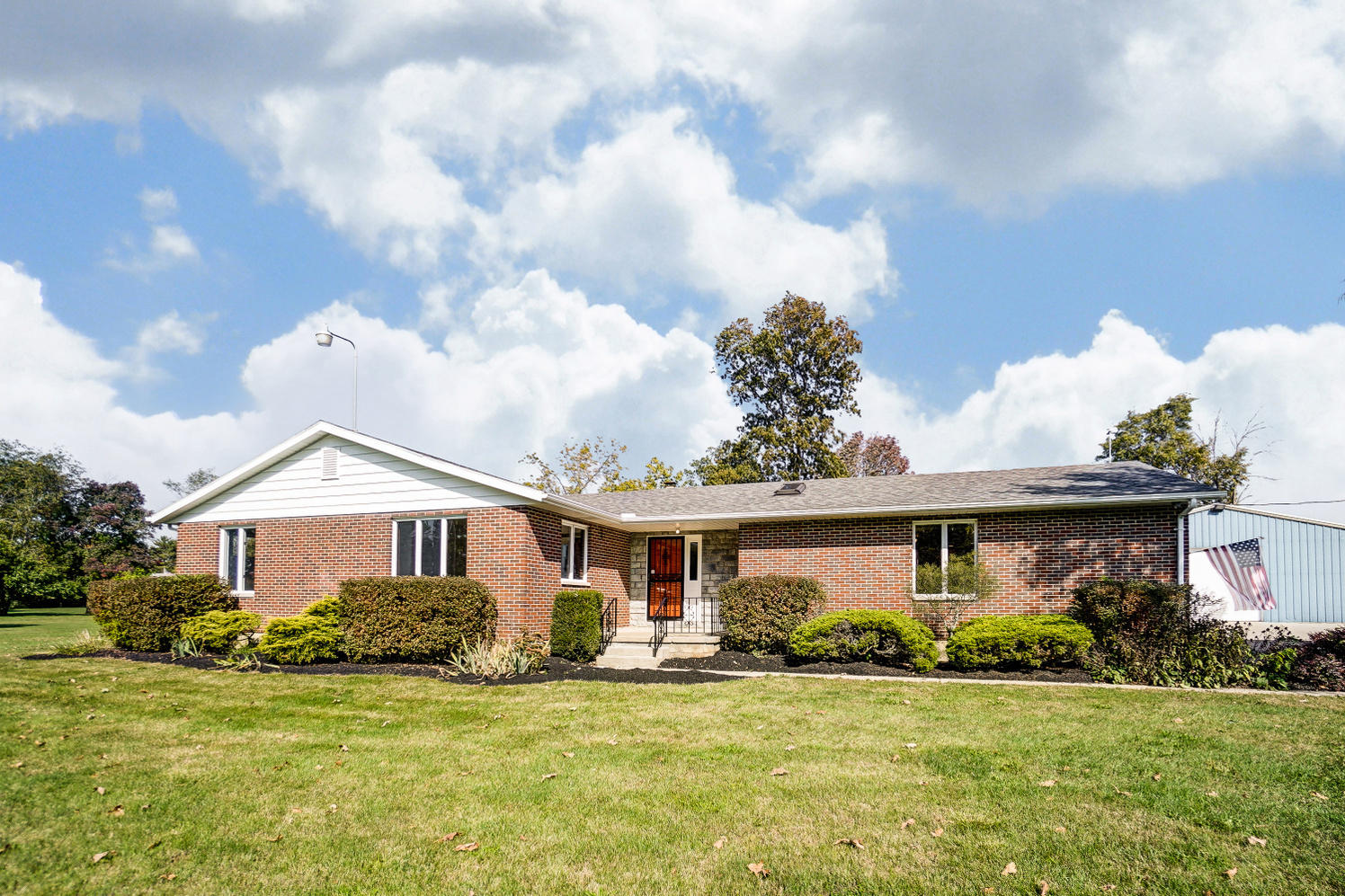 6060 Johnson Road Property Photo - Springfield, OH real estate listing