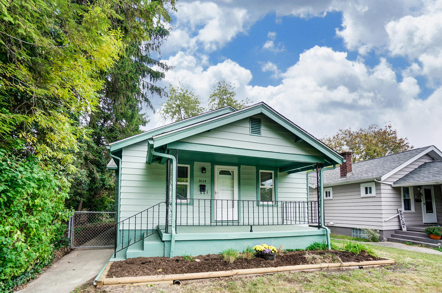 1614 Watervliet Avenue Property Photo - Dayton, OH real estate listing