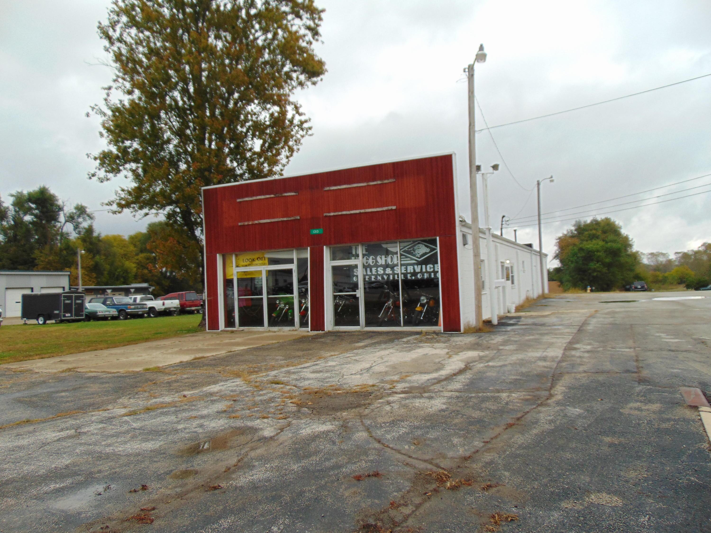 1313 Sweitzer Street Property Photo