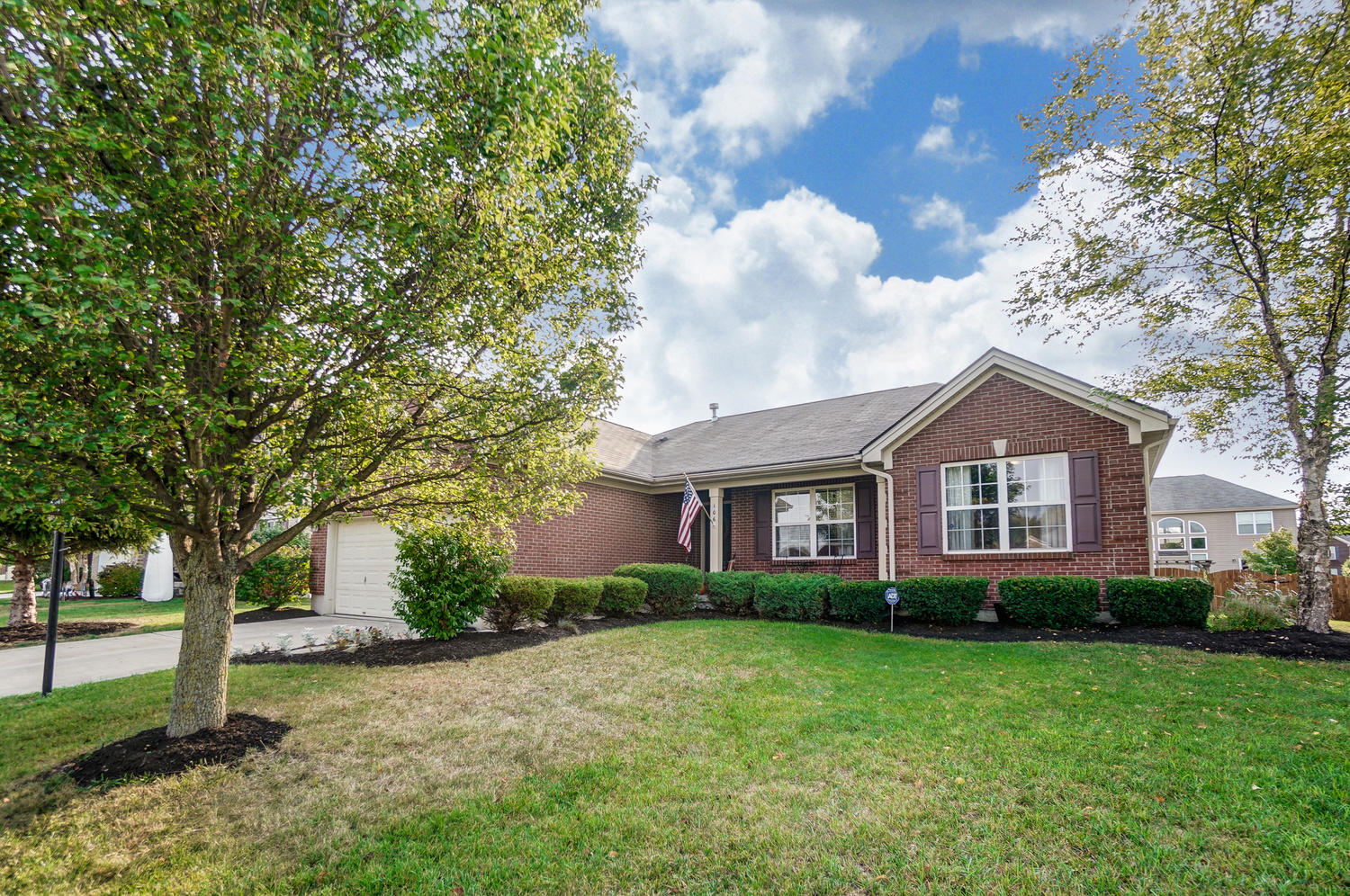 106 Pleasant Chase Circle Property Photo - Englewood, OH real estate listing