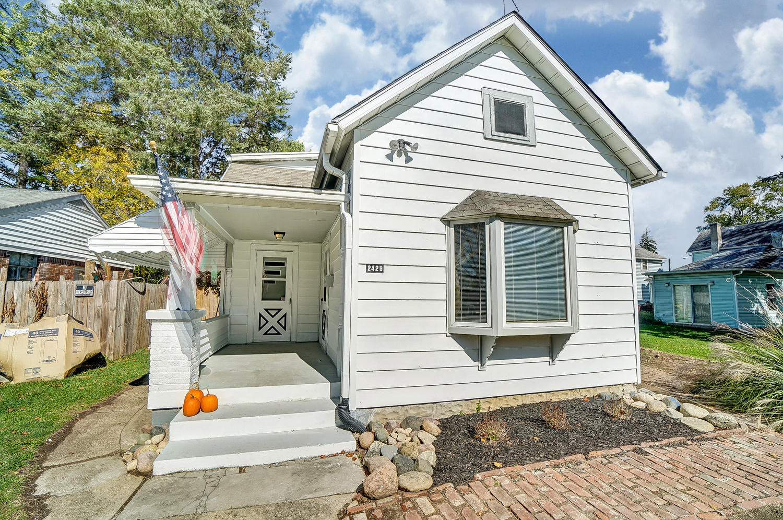 East Springfield Real Estate Listings Main Image