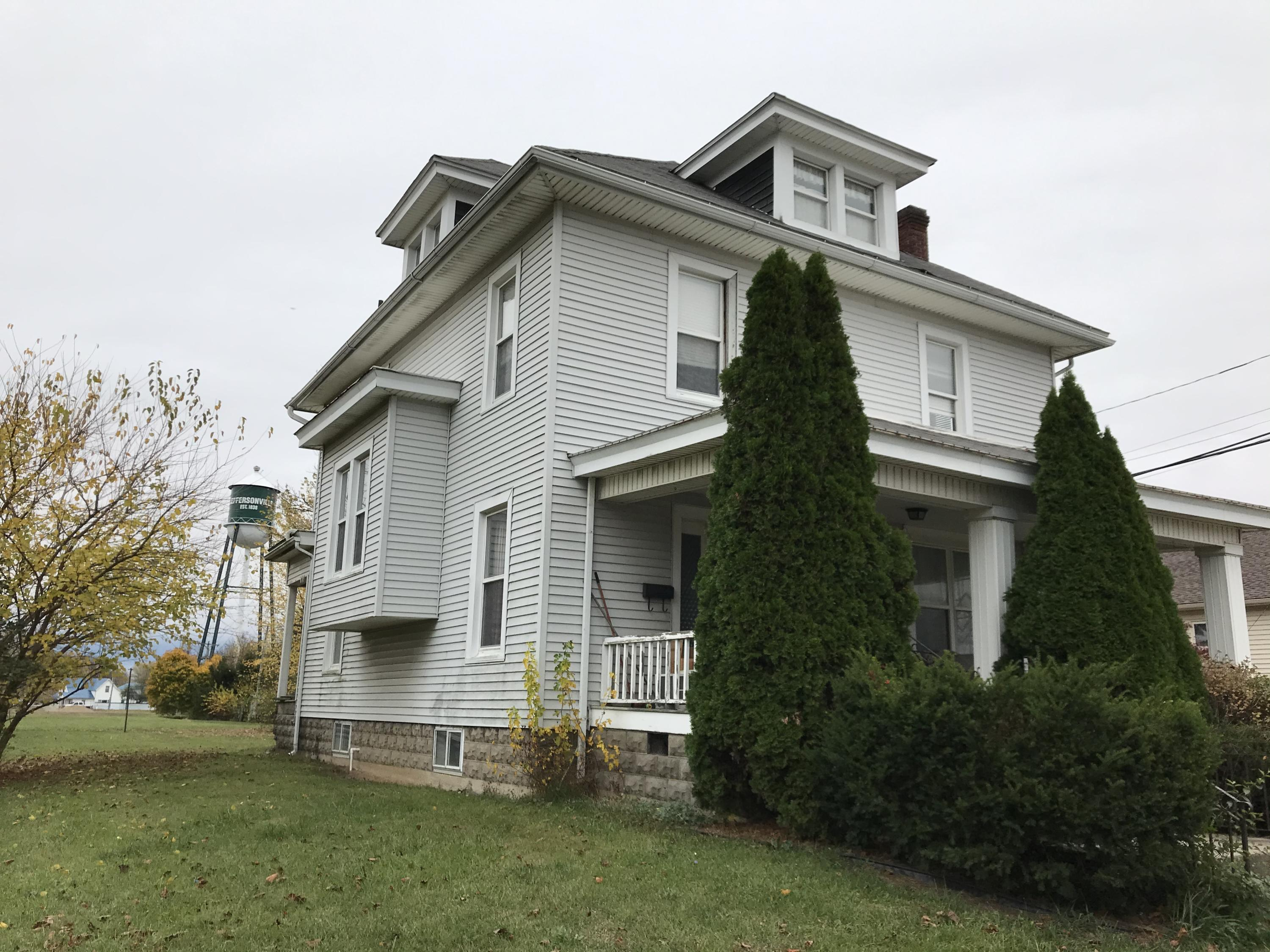 10 N Main Street Property Photo - Jeffersonville, OH real estate listing