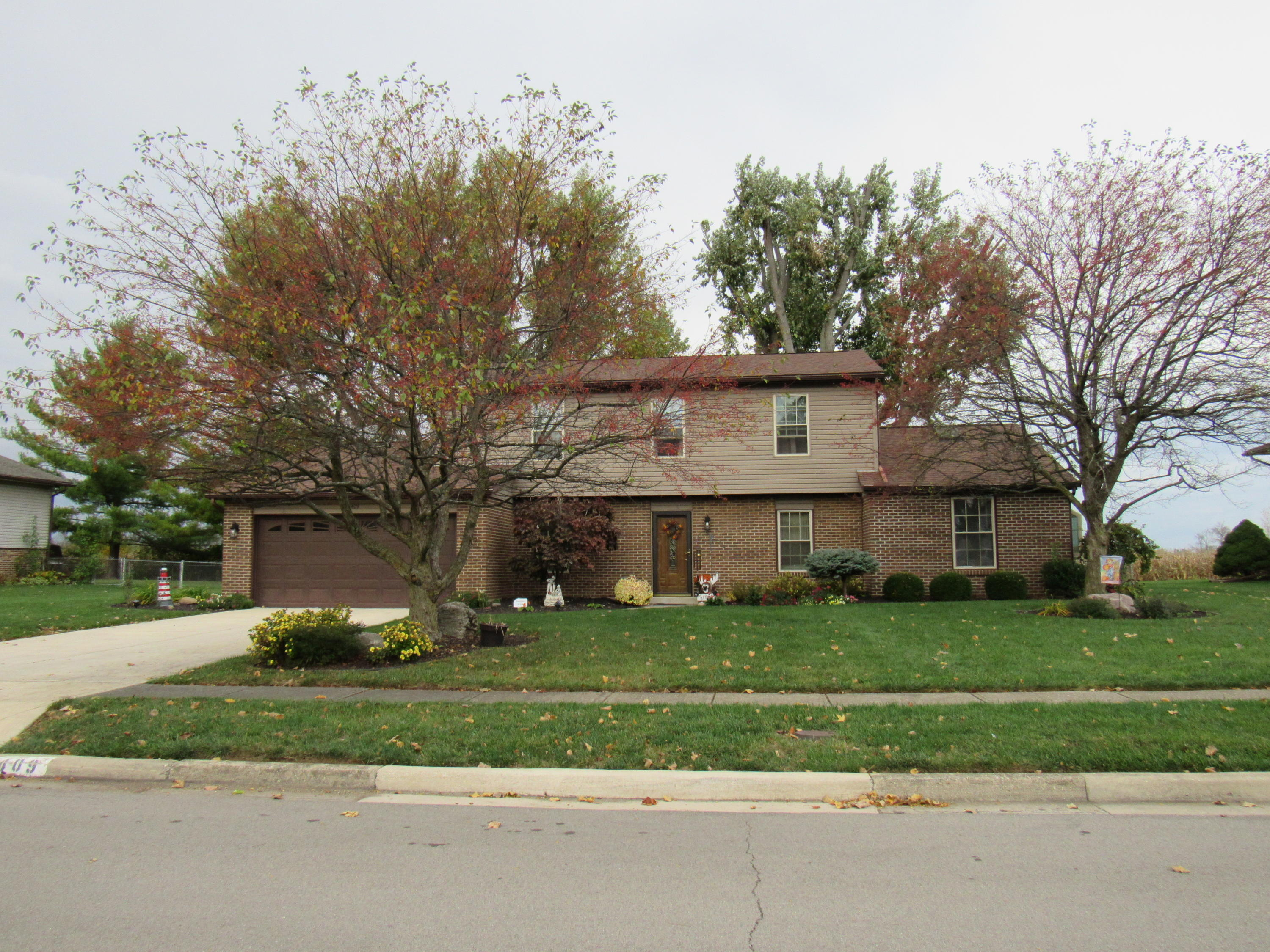 409 Rankin Drive Property Photo - Englewood, OH real estate listing