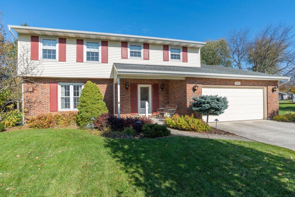 922 Carnation Drive Property Photo - Wapakoneta, OH real estate listing