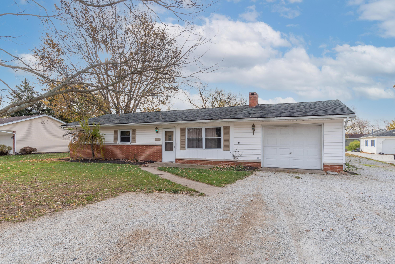207 E Walnut Street Property Photo