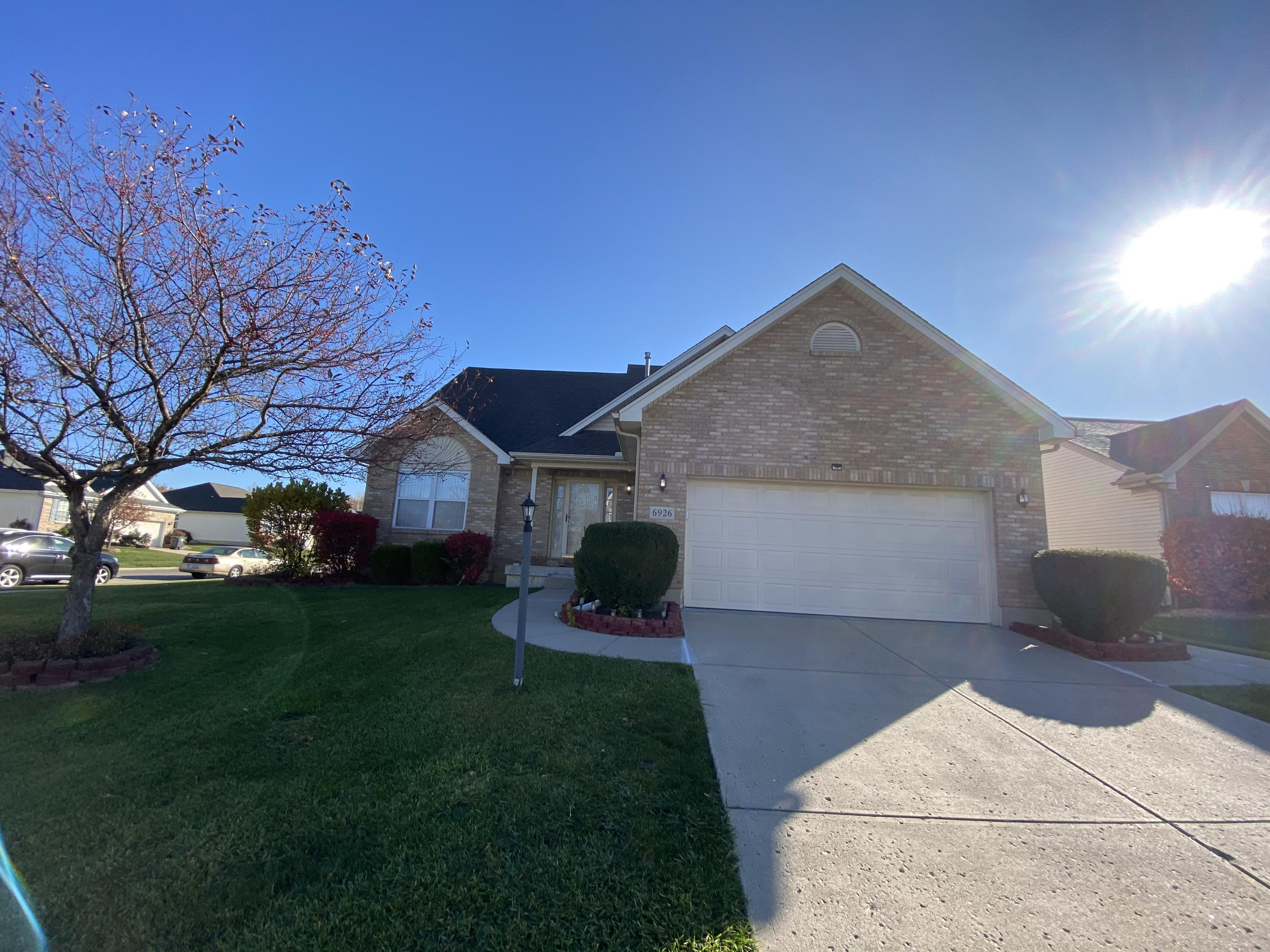 6926 Grovebelle Drive Property Photo - Dayton, OH real estate listing