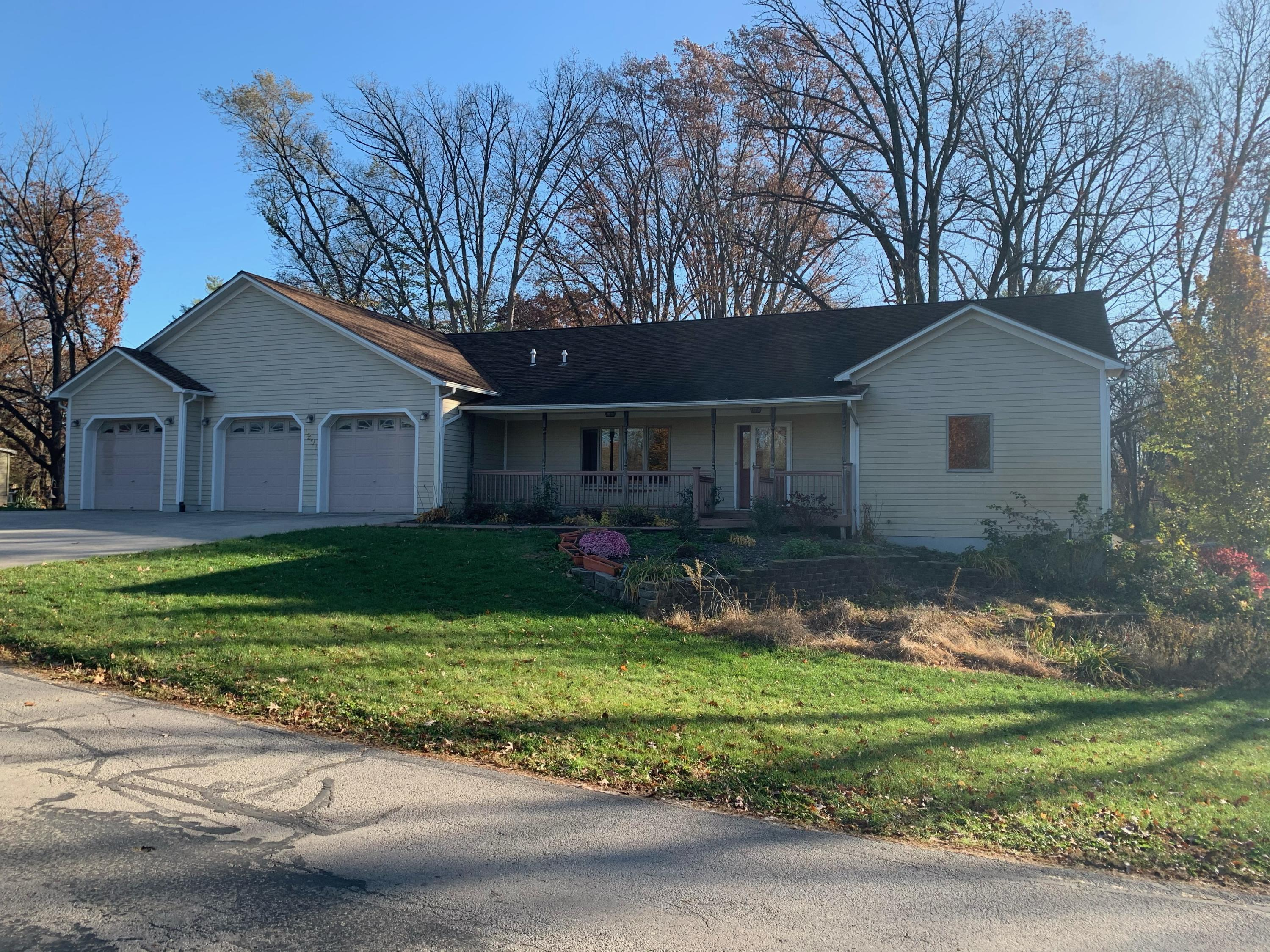 1201 Main Drive Property Photo - Greenville, OH real estate listing