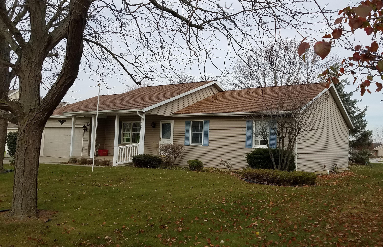 920 Primrose Drive Property Photo - Wapakoneta, OH real estate listing
