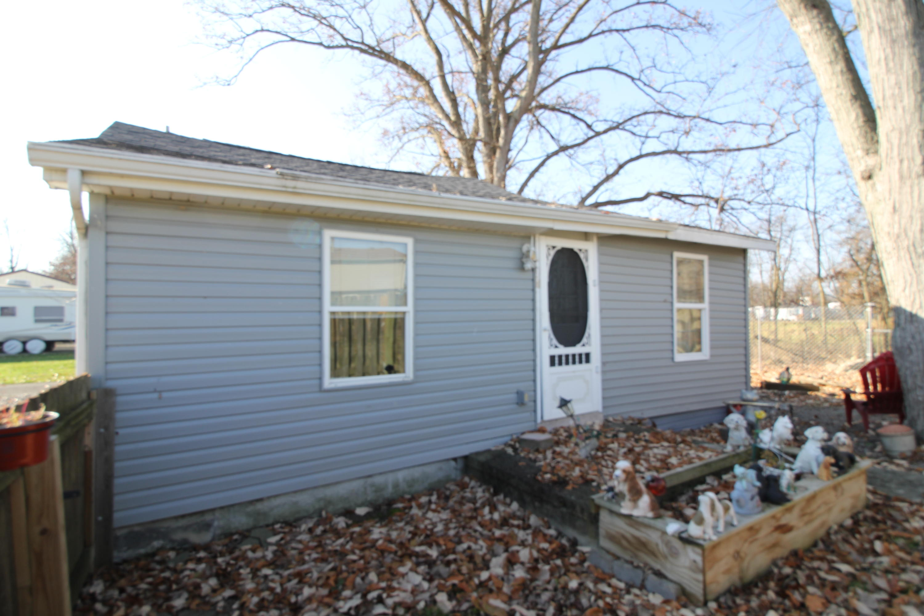 10920 Middle Street Property Photo - Lakeview, OH real estate listing