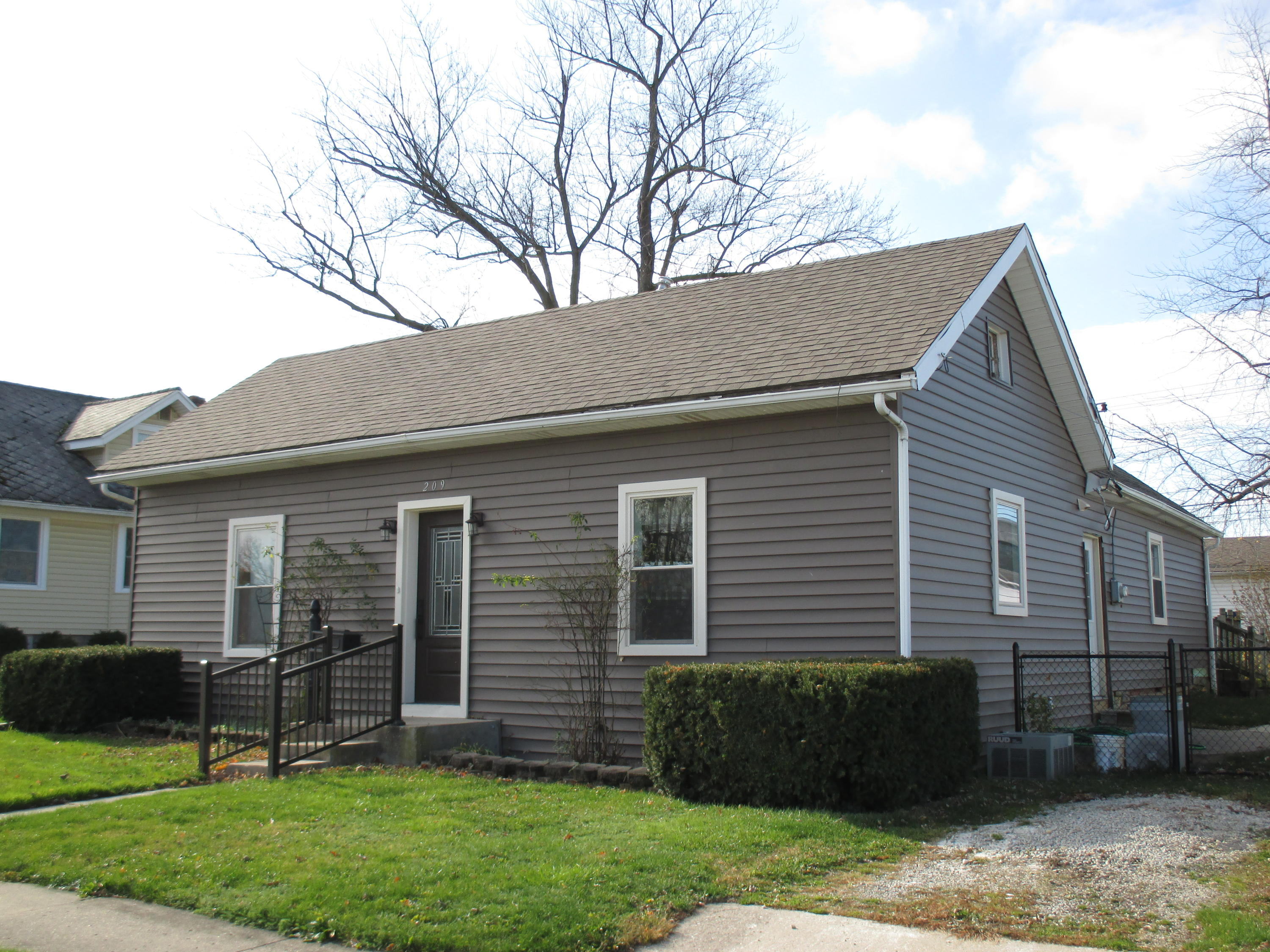209 S Franklin Street Property Photo - New Bremen, OH real estate listing