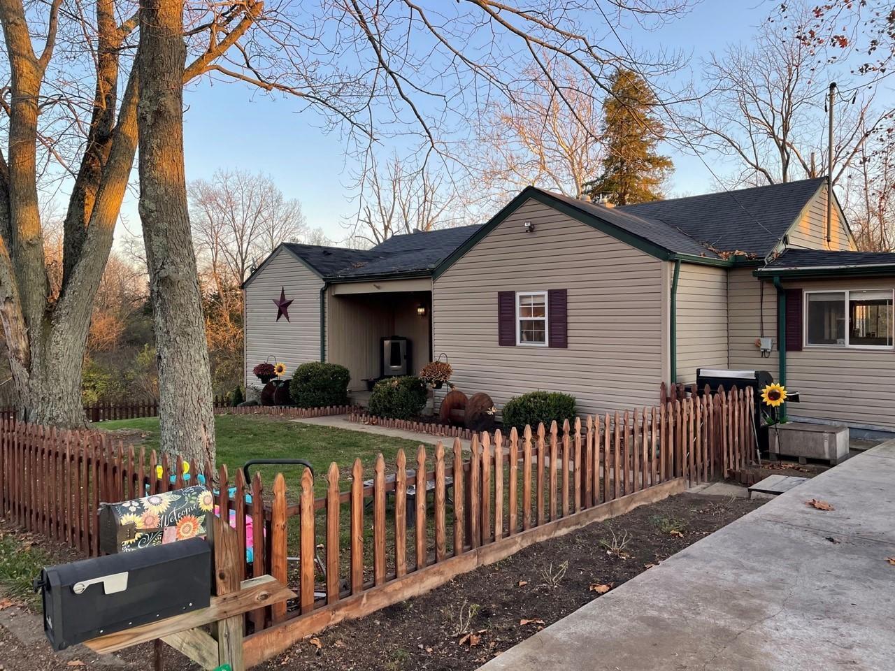 10706 Heeter Road Property Photo