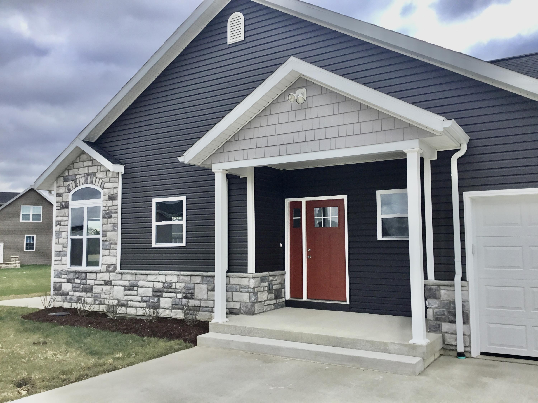 228 N Main Street Property Photo 1