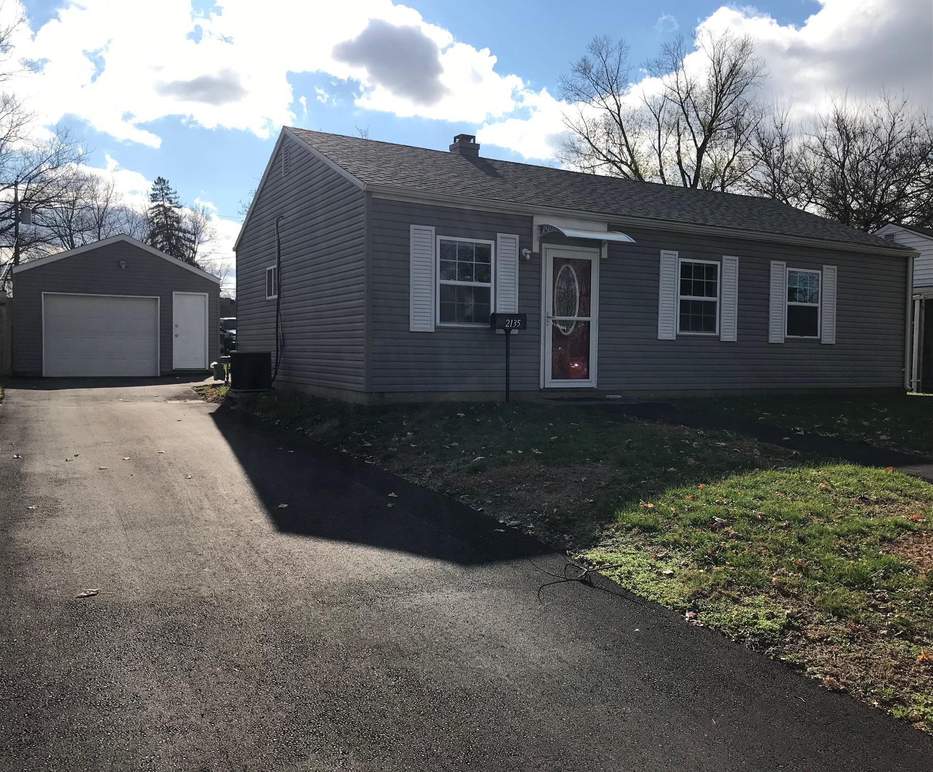 2135 S Hadley Road Property Photo - Springfield, OH real estate listing