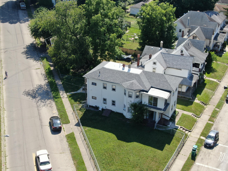 1105 W High Street Property Photo