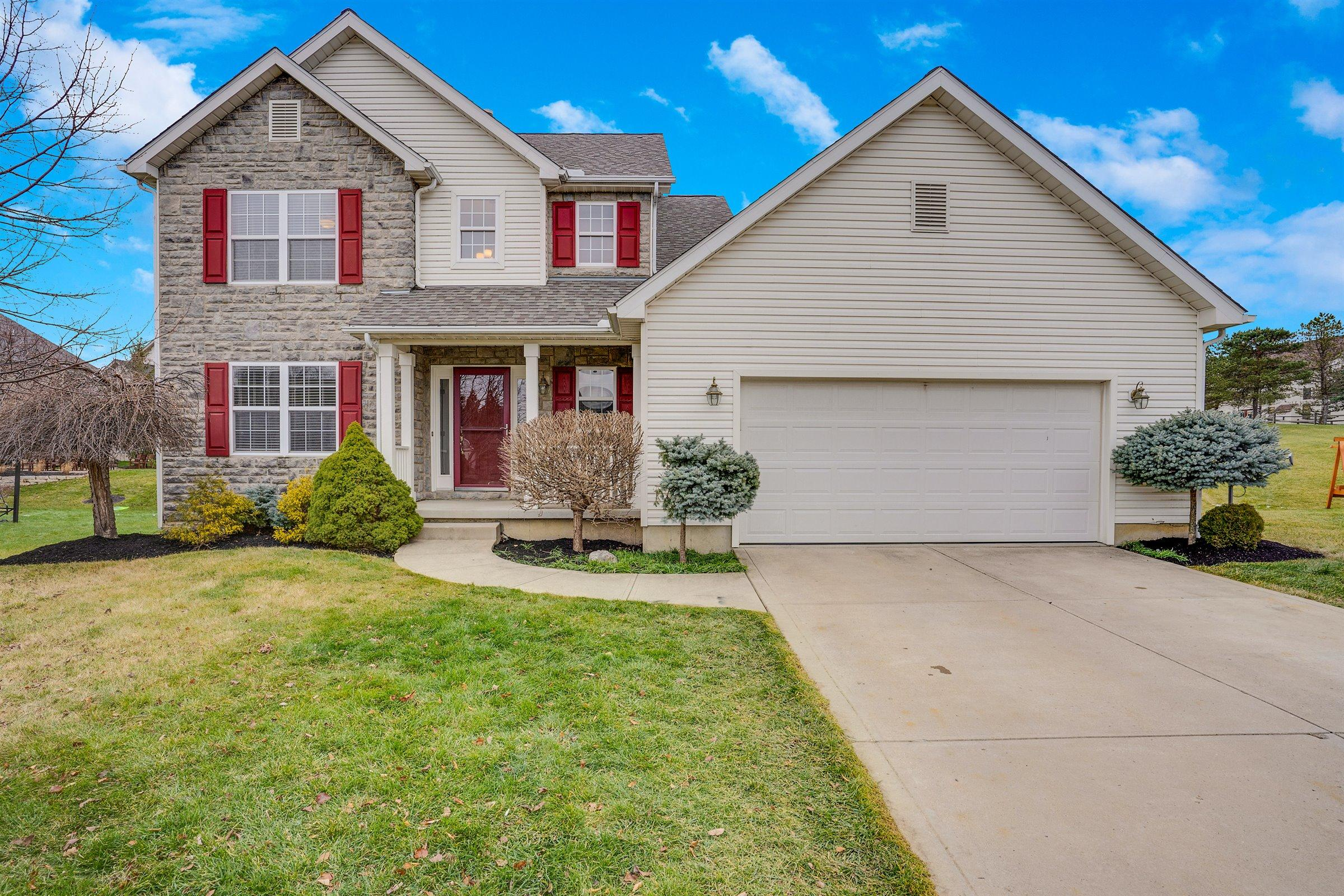 9735 Camarillo Circle Property Photo - Plain City, OH real estate listing