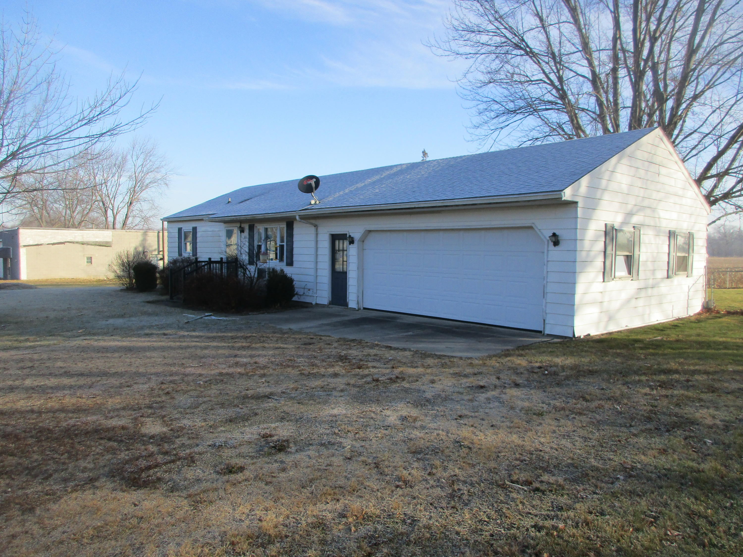 18051 49 Property Photo - Willshire, OH real estate listing