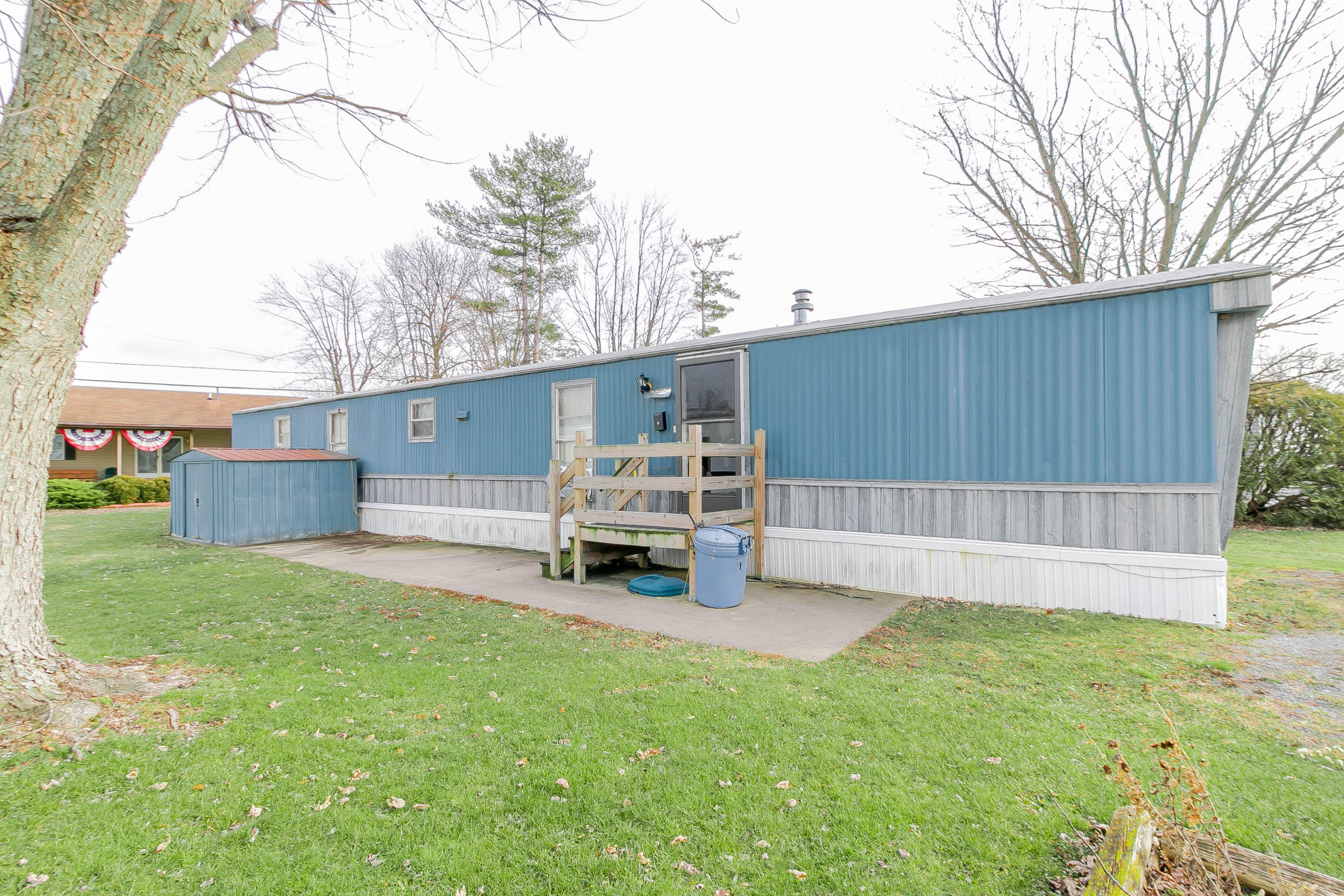 10902 Ash St Property Photo - Lakeview, OH real estate listing