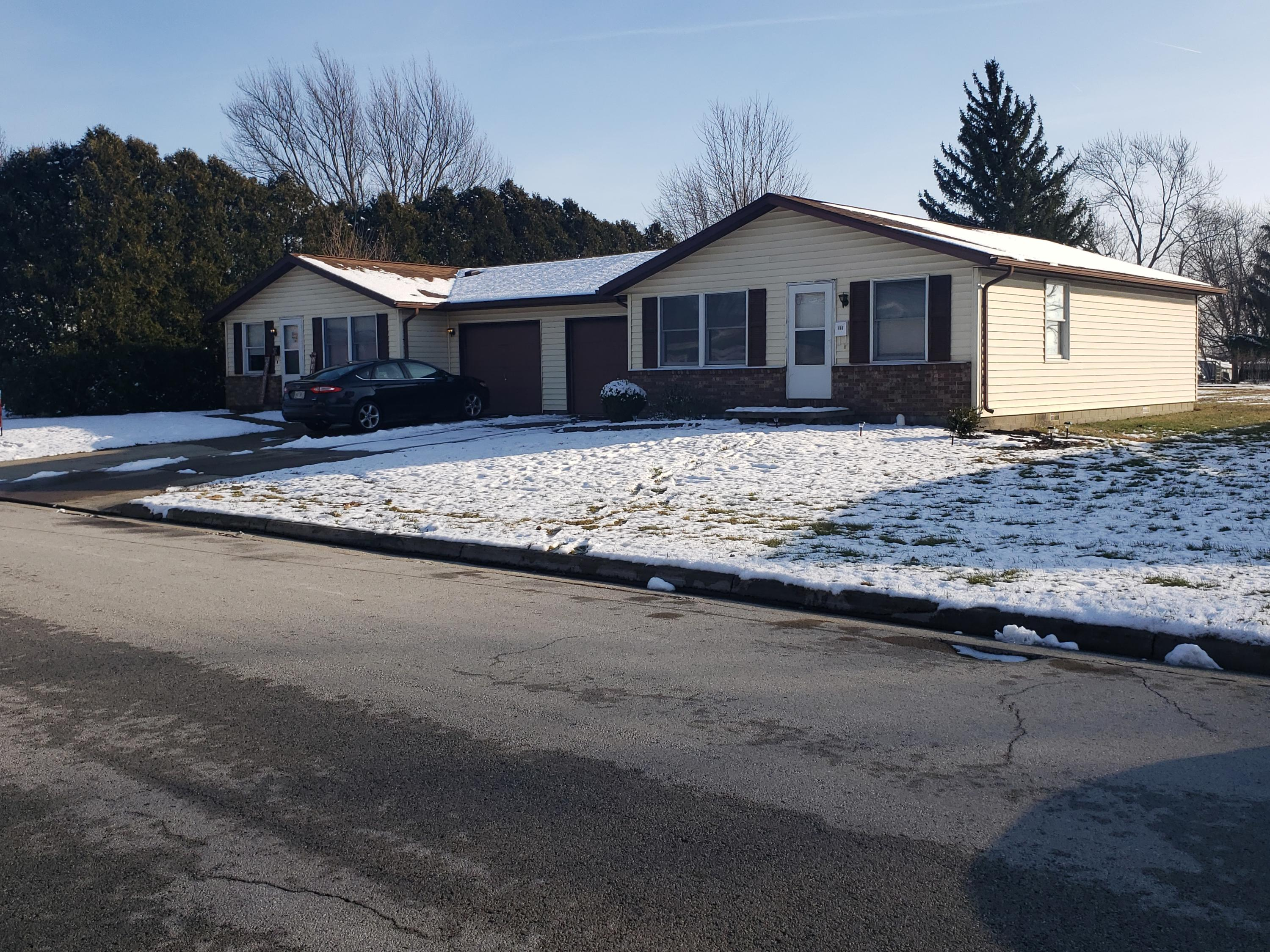 703 W Plum Street Property Photo - Wapakoneta, OH real estate listing