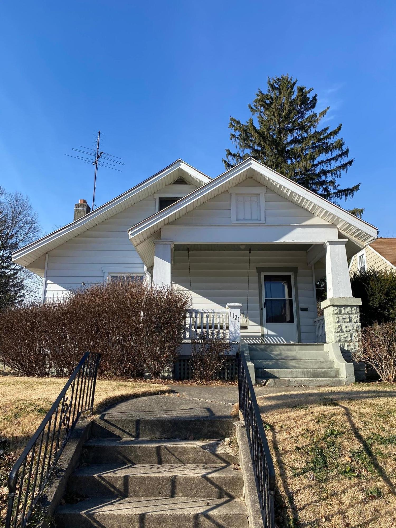 1121 N Murray Street Property Photo
