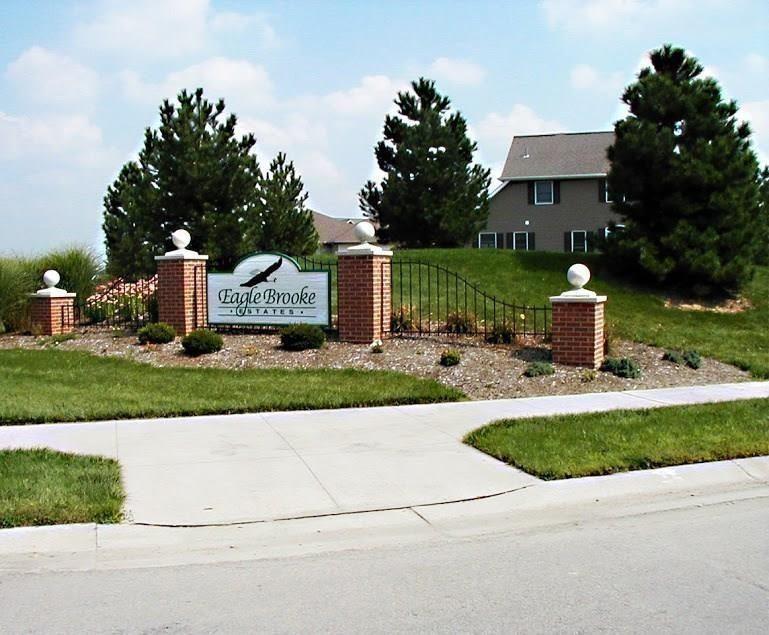 2319 Eaglebrooke Circle Property Photo