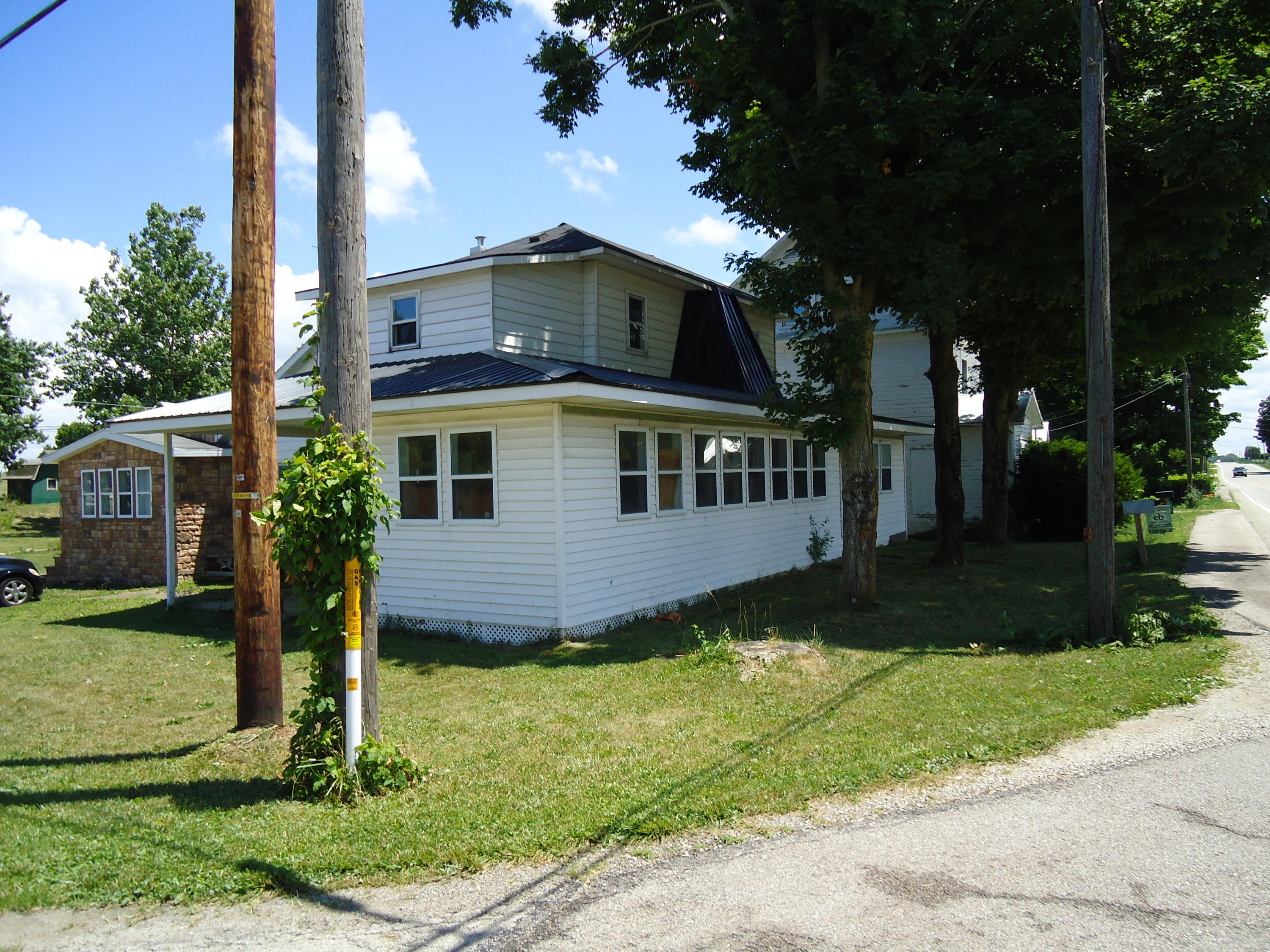 1032 State Route 571 Property Photo - Union City, OH real estate listing