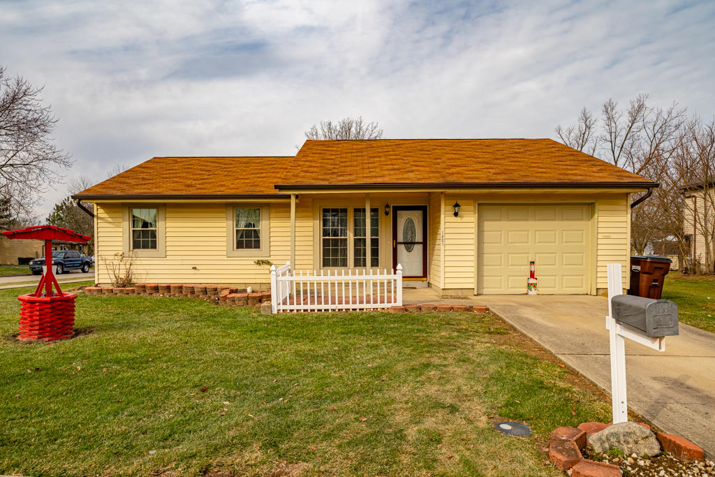 1801 Snowcloud Court Property Photo - Dayton, OH real estate listing