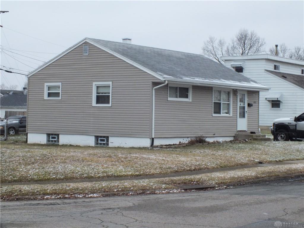 401 Travis Drive Property Photo 1