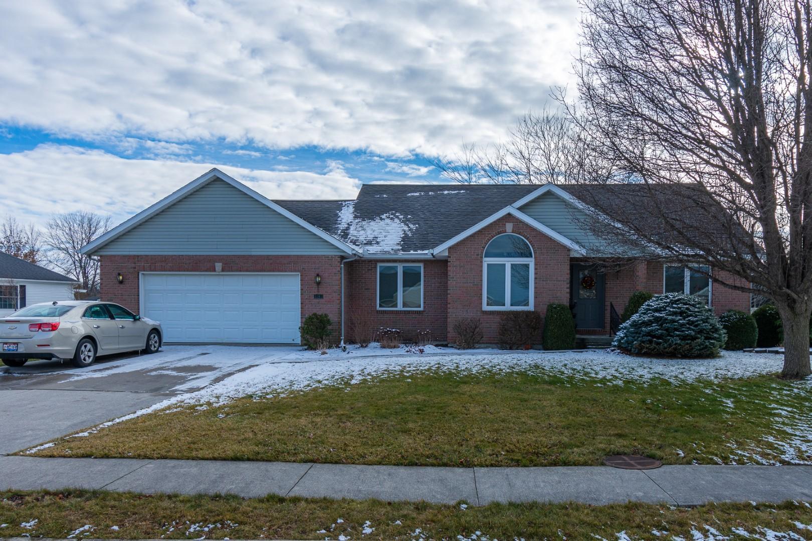 1103 Warren Avenue Property Photo - Wapakoneta, OH real estate listing