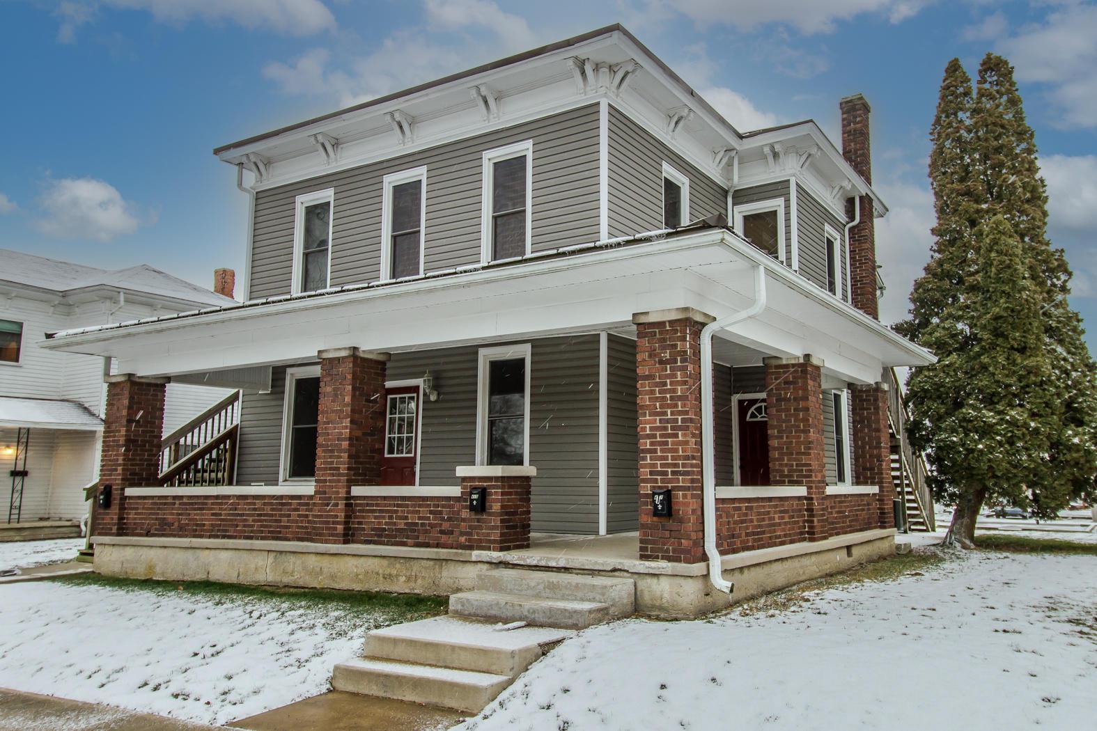 415 E 3rd Street Property Photo