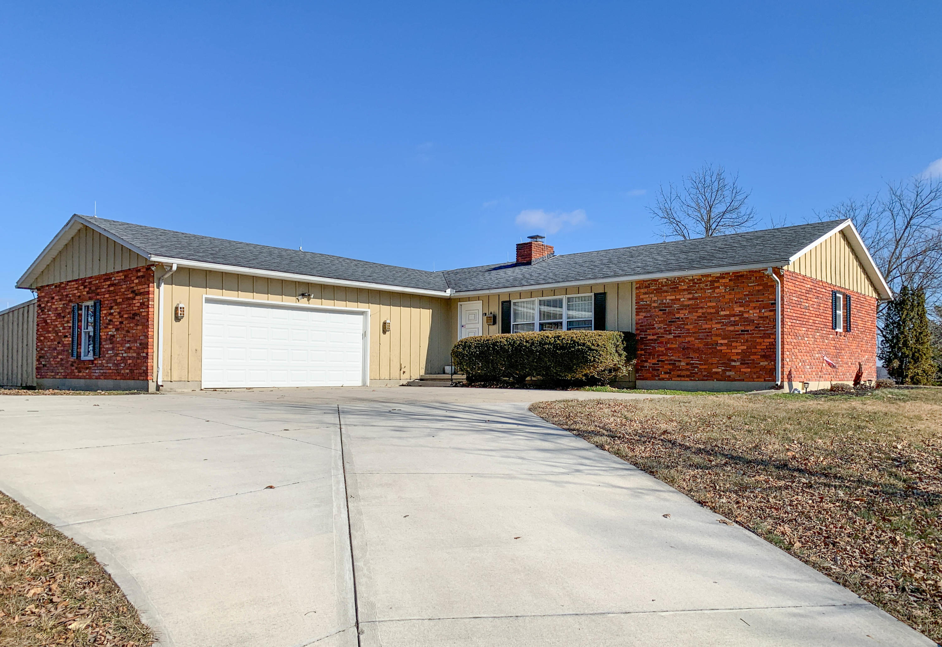 3180 Adell Drive Property Photo