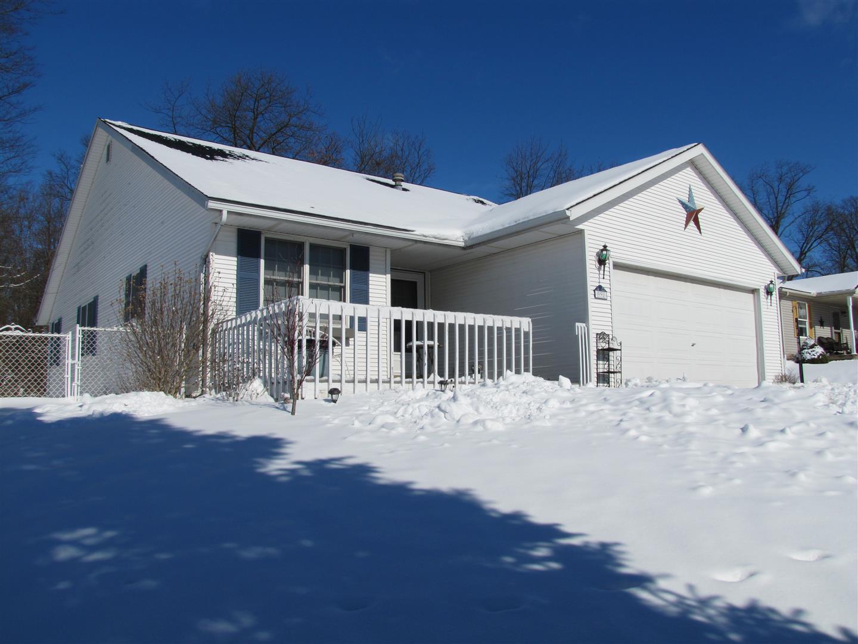 990 Old Farm Road Property Photo - Urbana, OH real estate listing