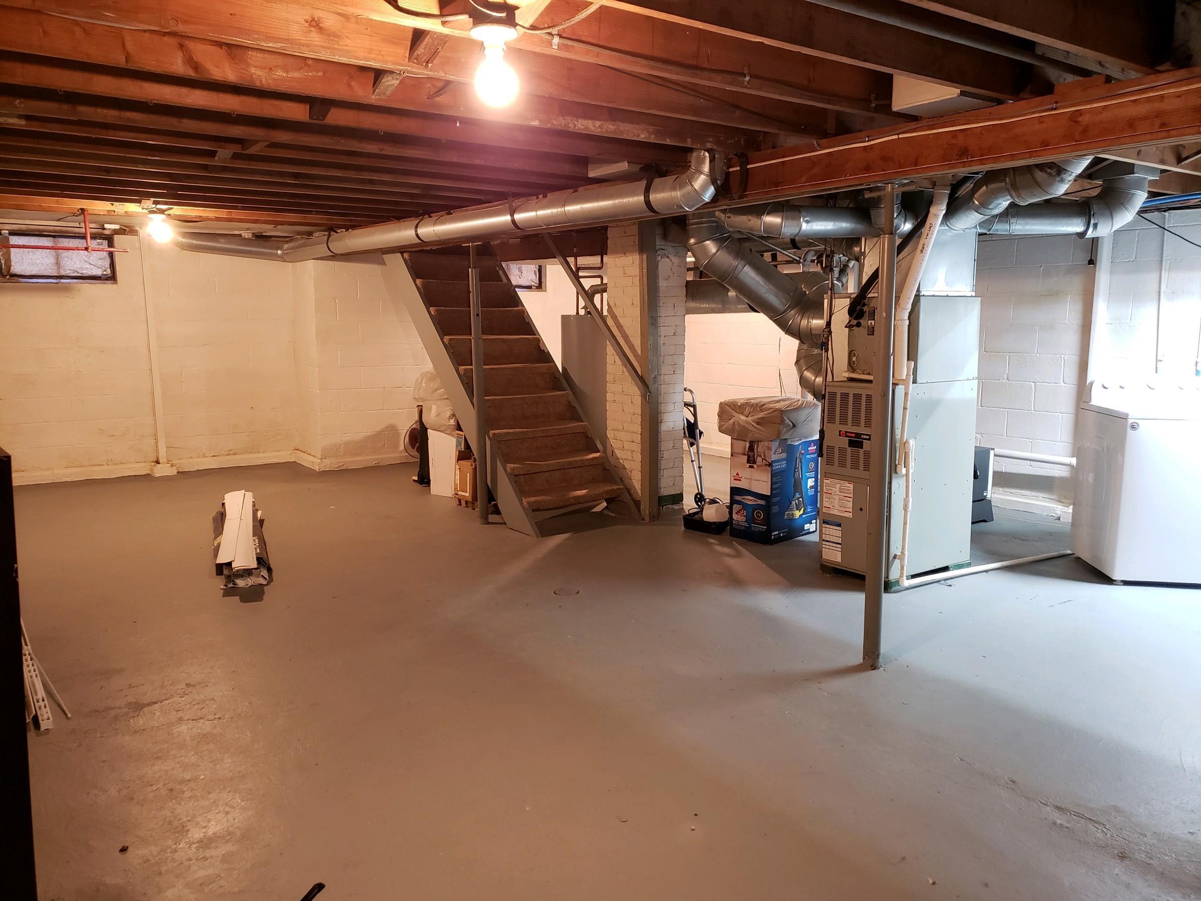 648 Cortlandt Avenue Property Photo 12
