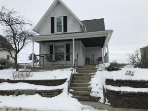 526 E Main Street Property Photo - Saint Paris, OH real estate listing