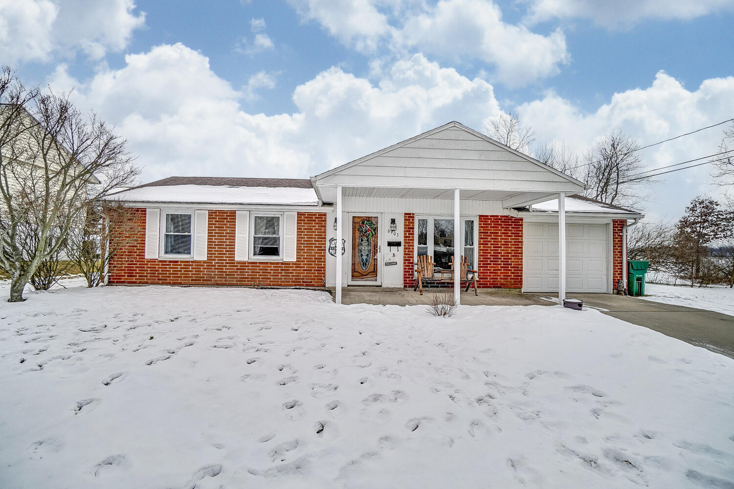 6903 Arnold Avenue Property Photo - Enon, OH real estate listing
