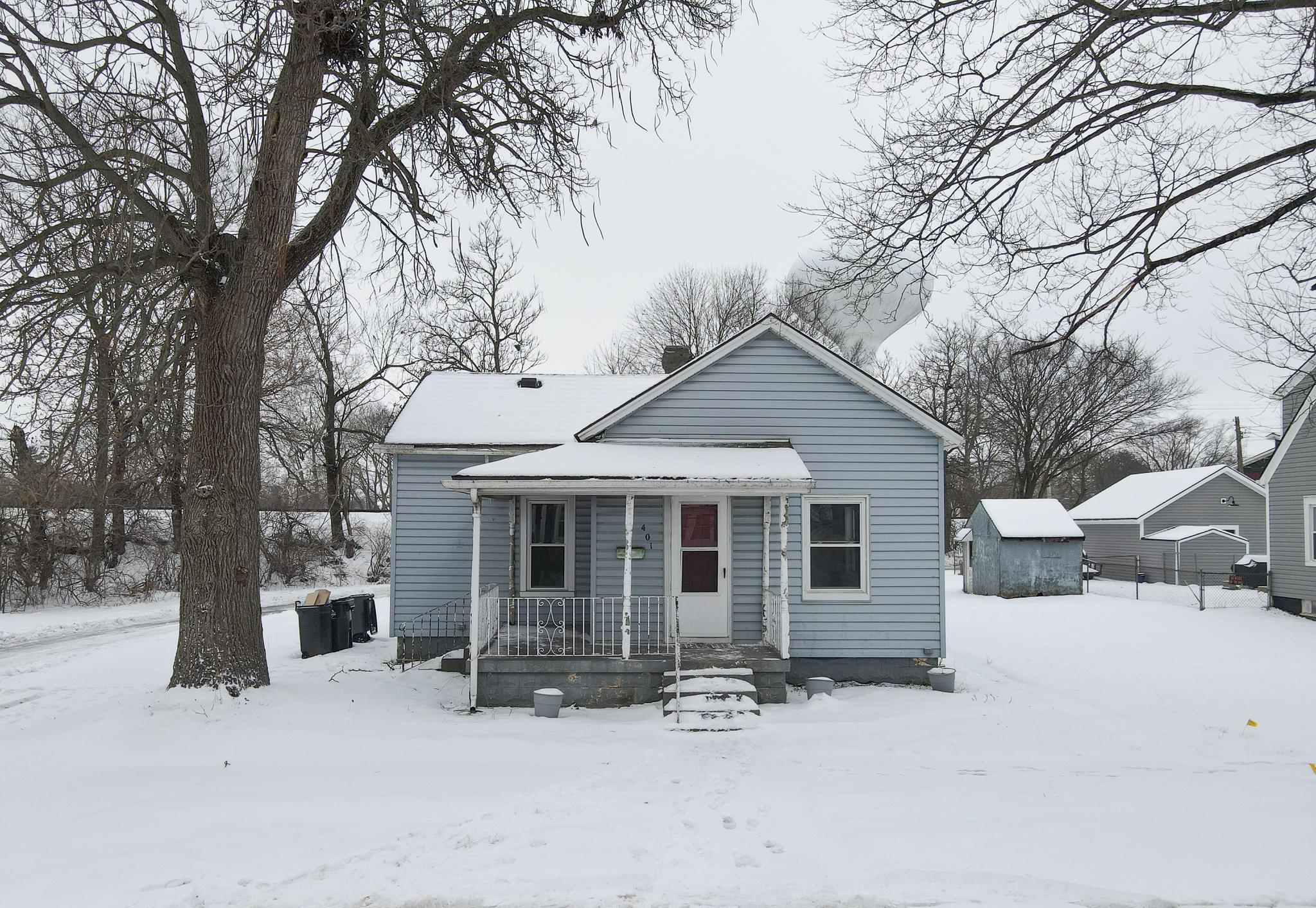 401 S Clay Street Property Photo 1