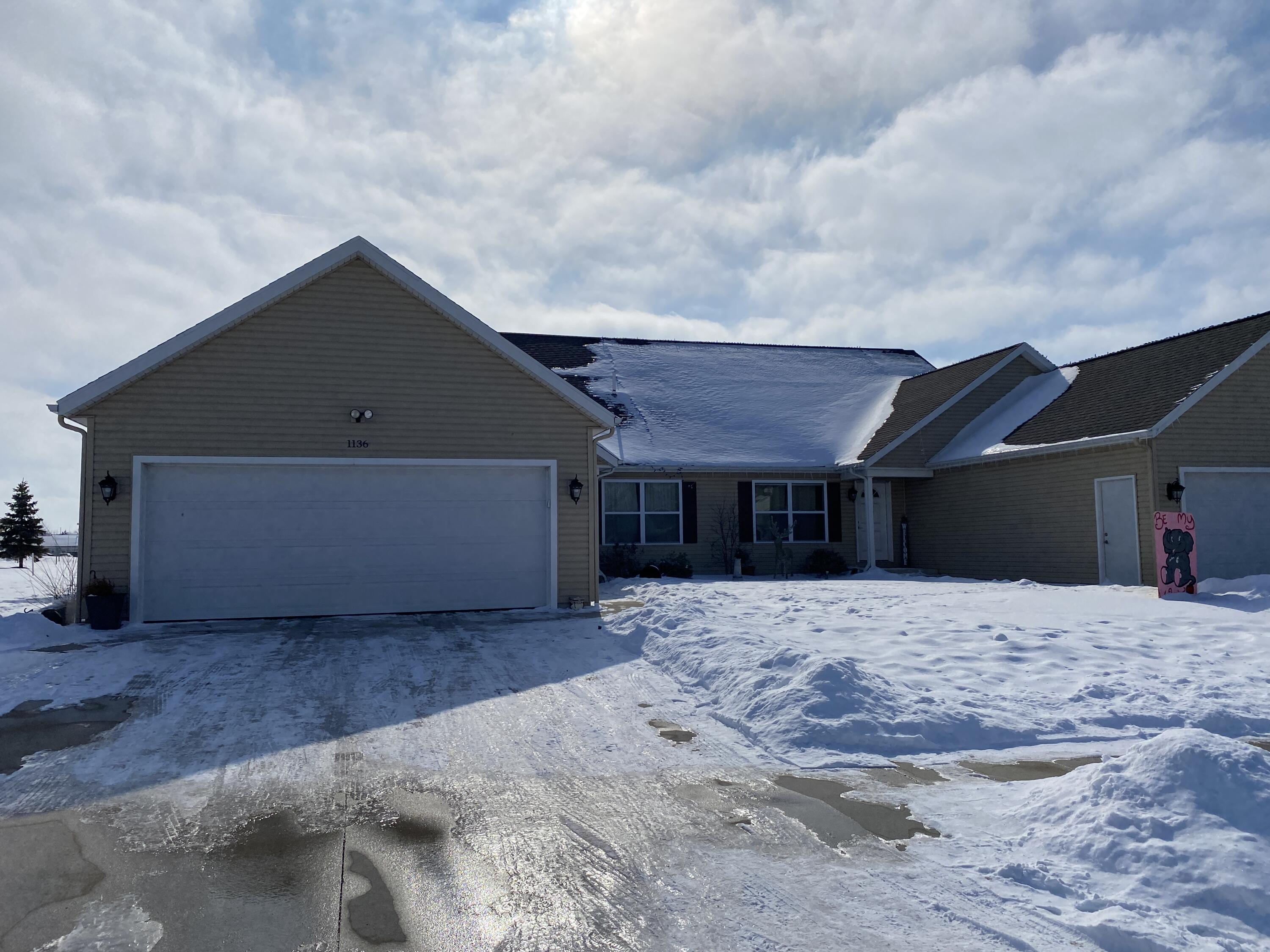 1134 Teaberry Lane Property Photo - Celina, OH real estate listing