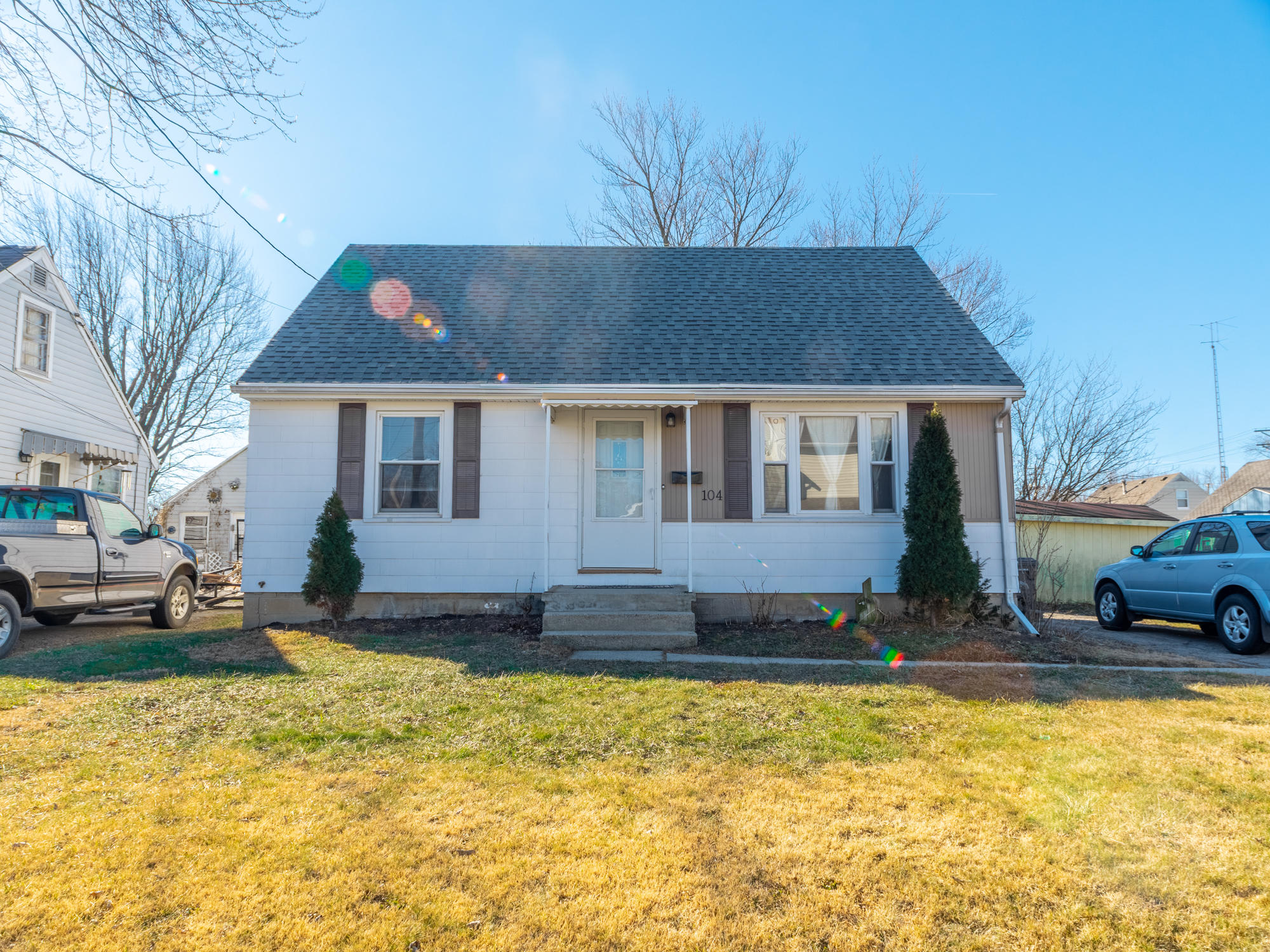 104 E Edwards Street Property Photo - Lima, OH real estate listing