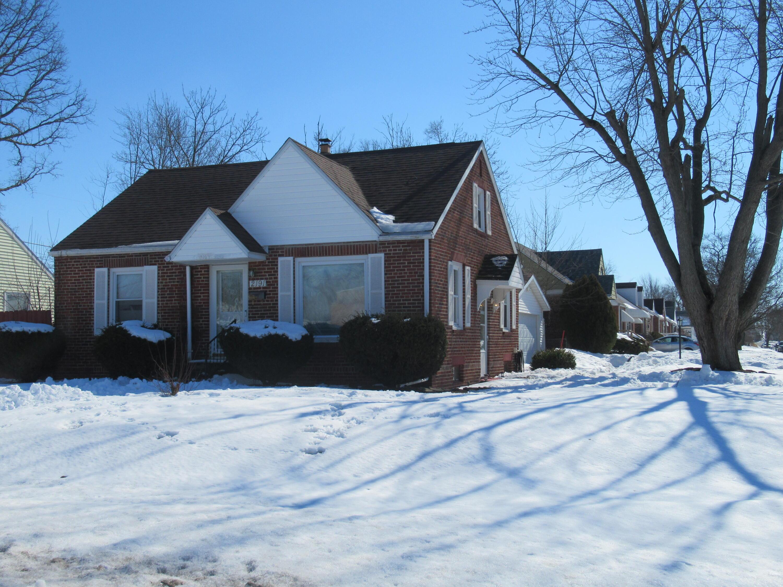 2191 Lakewood Avenue Property Photo - Lima, OH real estate listing