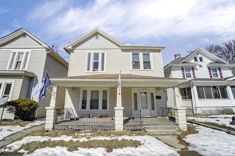 302 E Northern Avenue Property Photo 1