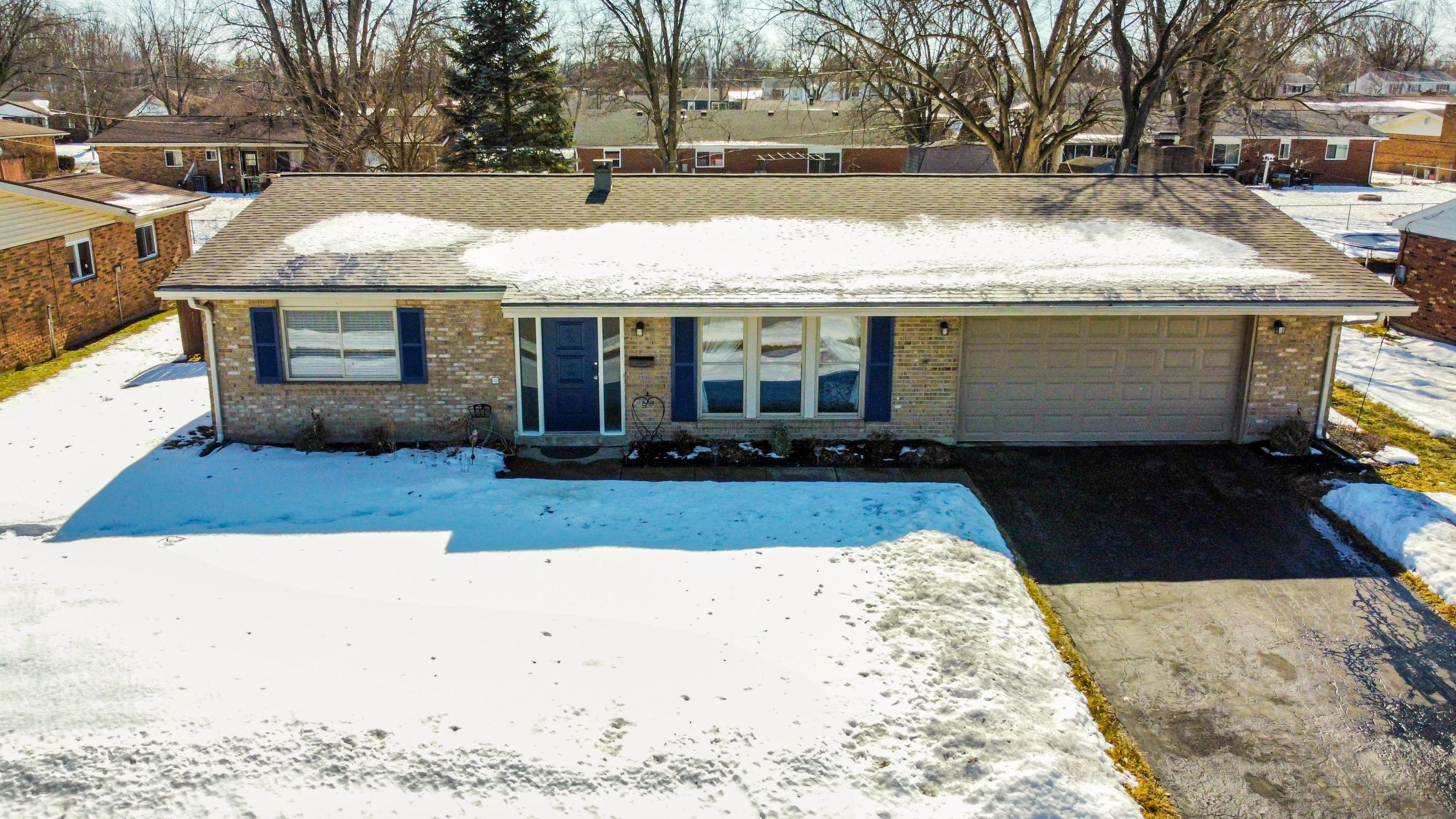 309 Porter Drive Property Photo - Englewood, OH real estate listing