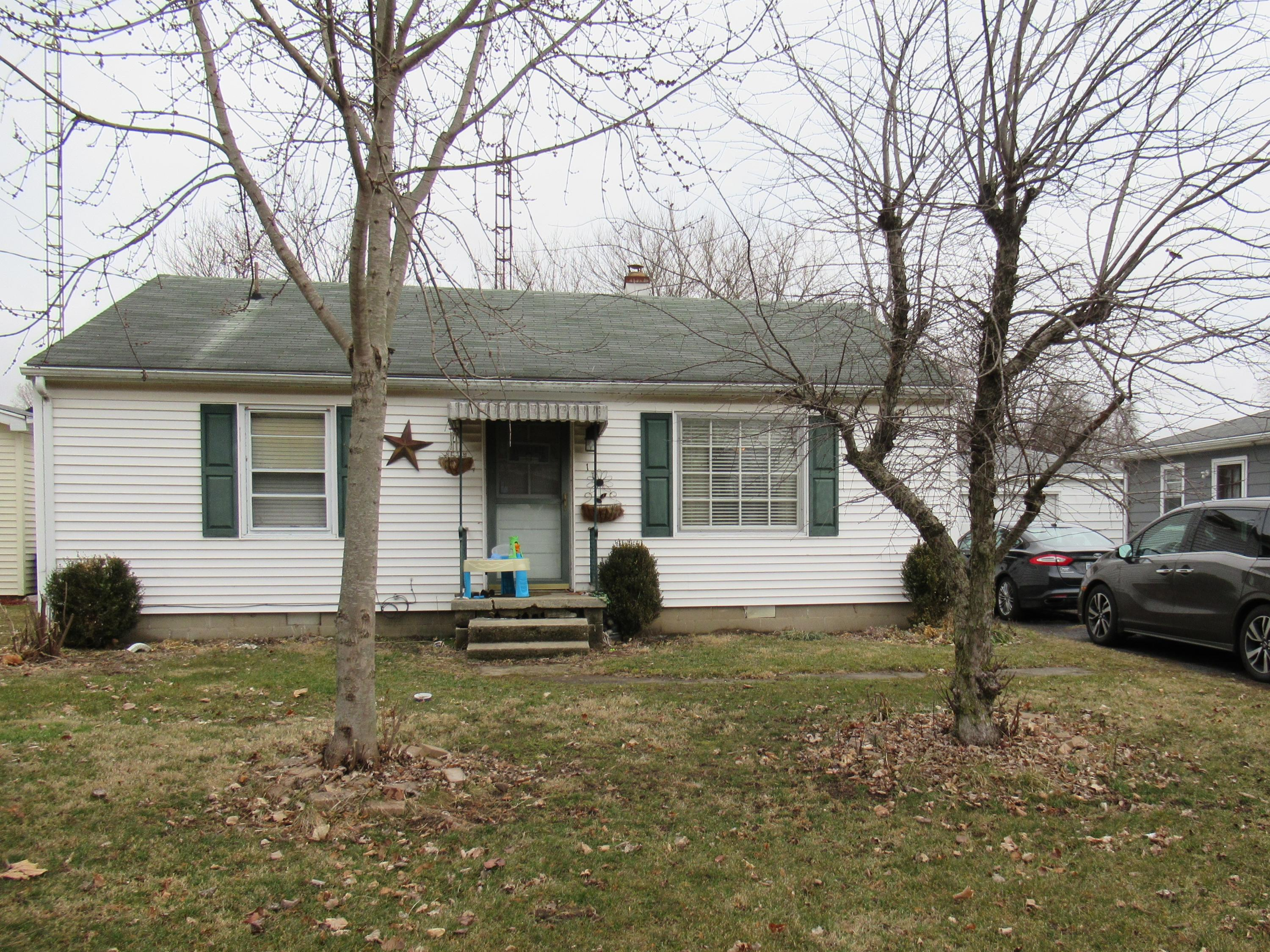 114 E North Street Property Photo - Centerville, IN real estate listing