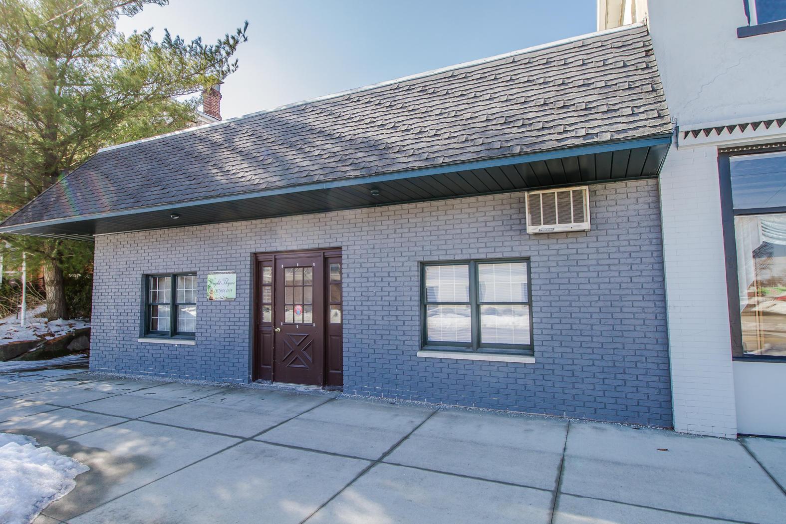 306 Sycamore Street Property Photo