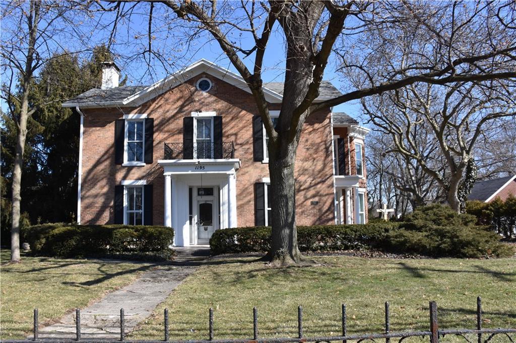 1195 W Main Street Property Photo 1