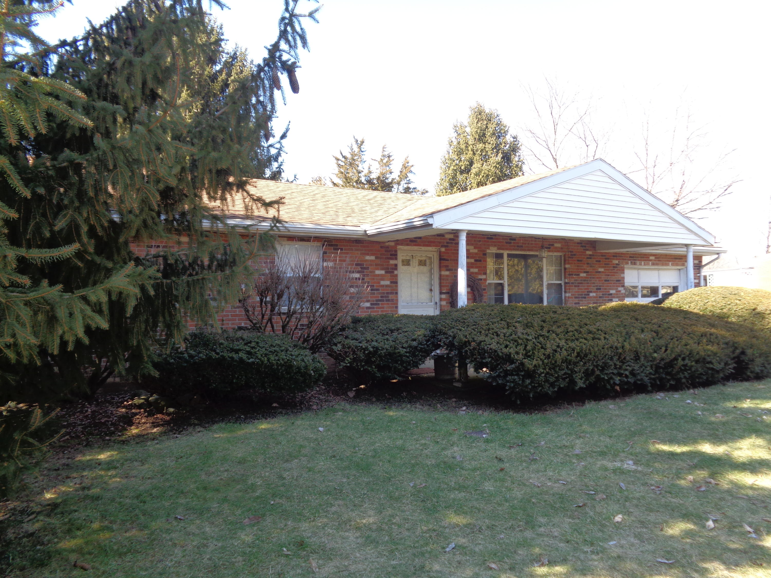 568 Rt 42 Property Photo - London, OH real estate listing