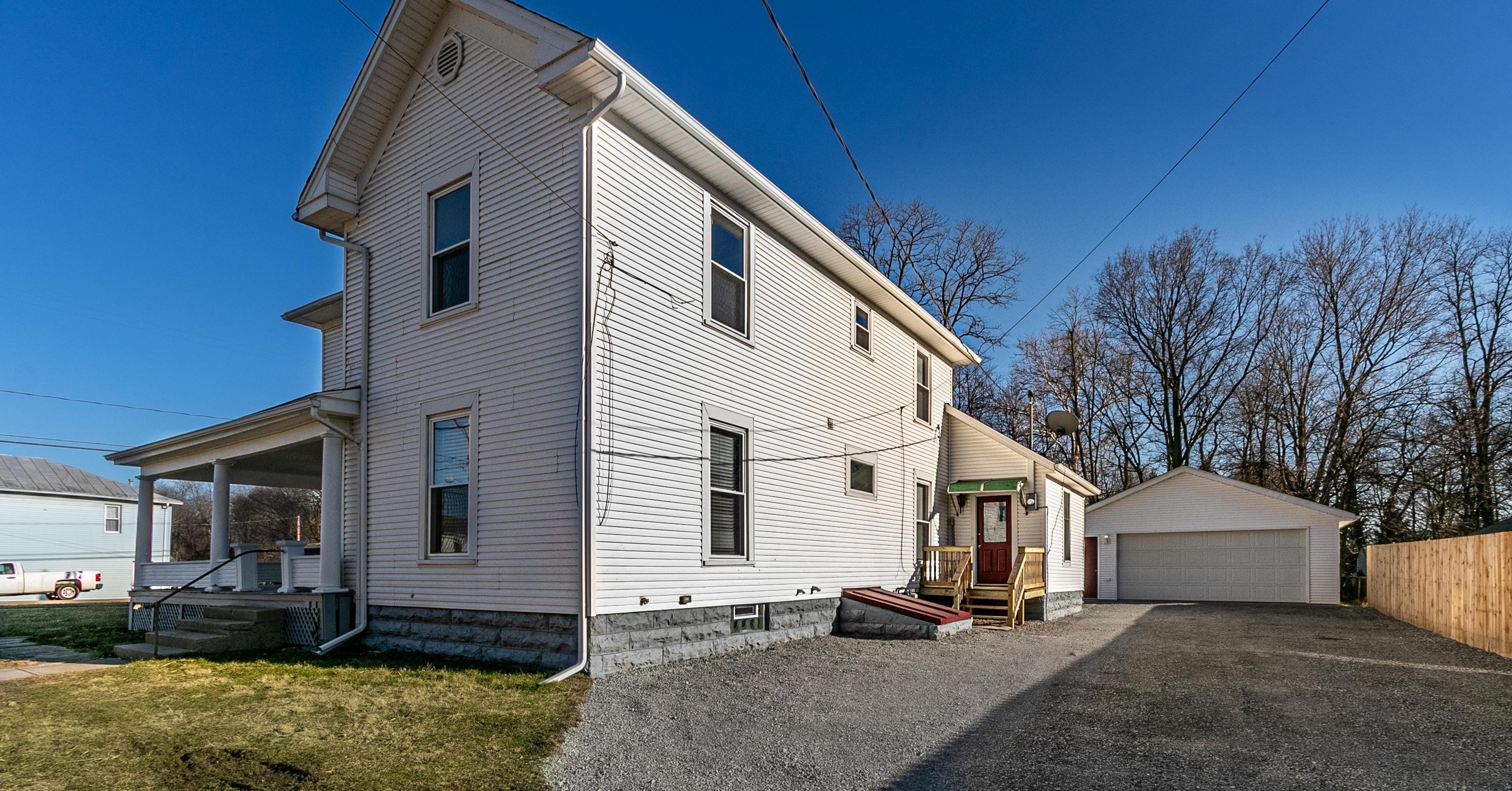 11 W Main Street Property Photo 1